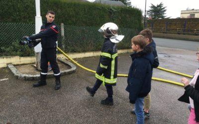 Visite à la caserne des pompiers !